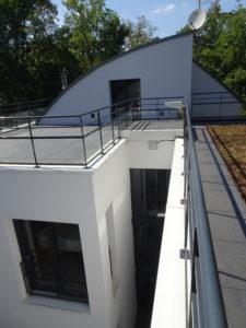 Chantier Le Vésinet - 78110 - pose rambardes terrasses - toit