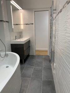 Chantier de Renovation - Salle de bain - Lavabo double, miroiterie, éclairage
